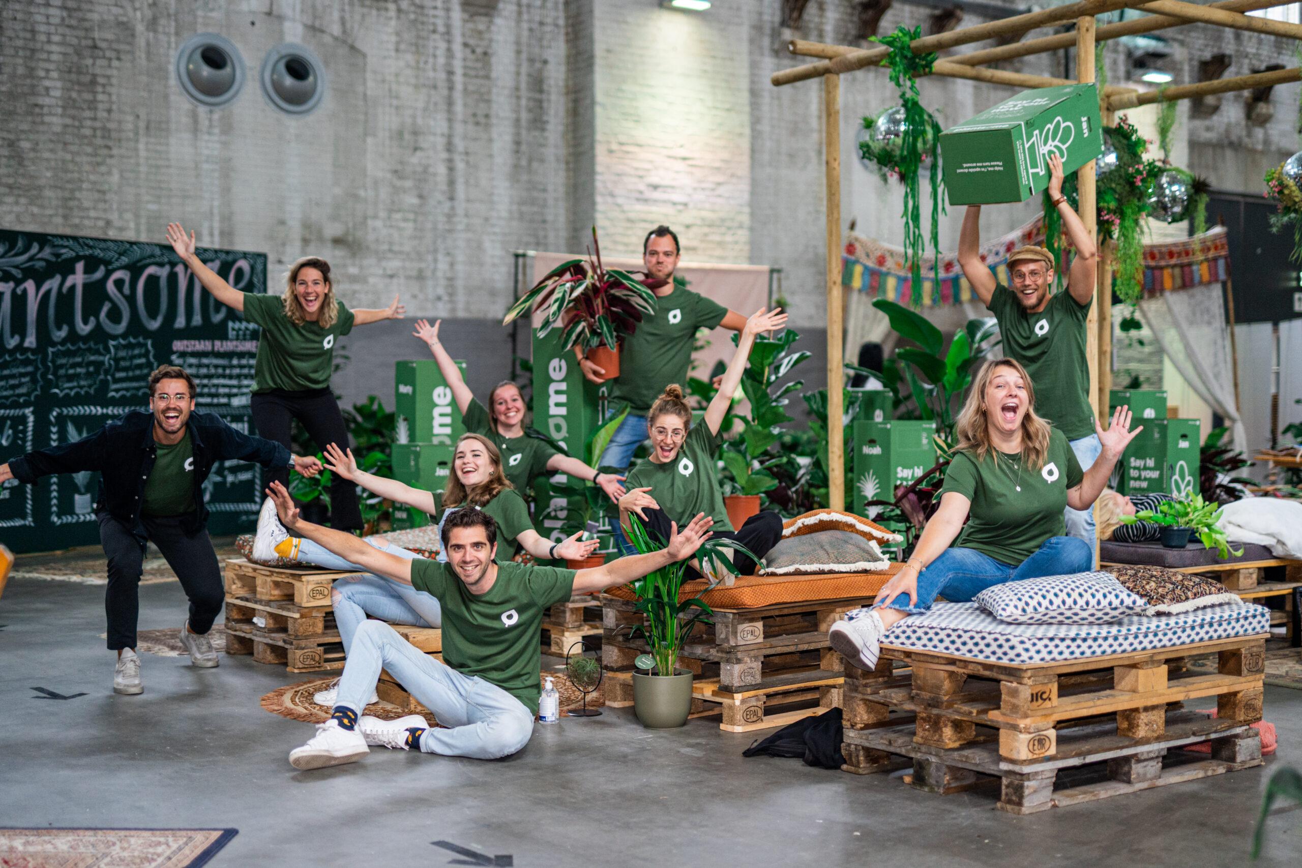 Groepsfoto plantenfabriek crew